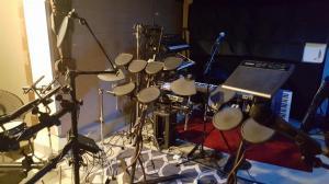 Live drums ...